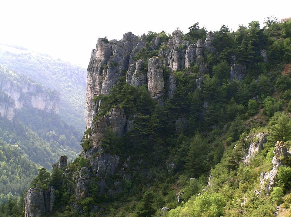 Chemin de Saint-Guilhem-le-Désert, du Rozier à Meyrueis